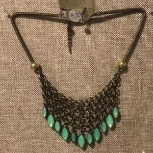 NWT Vintage Estate Look Necklace with Earrings